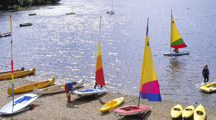 Dinghies and canoes at the watersports centre, Loch Insh. ©Lorne Gill/SNH. For information on reproduction rights contact the Scottish Natural Heritage Image Library on Tel. 01738 444177 or www.snh.nature.scot