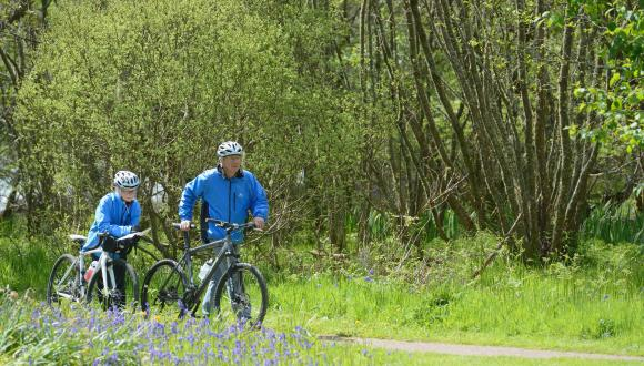 Cyclists at Taynish National Nature Reserve, ©Lorne Gill/SNH